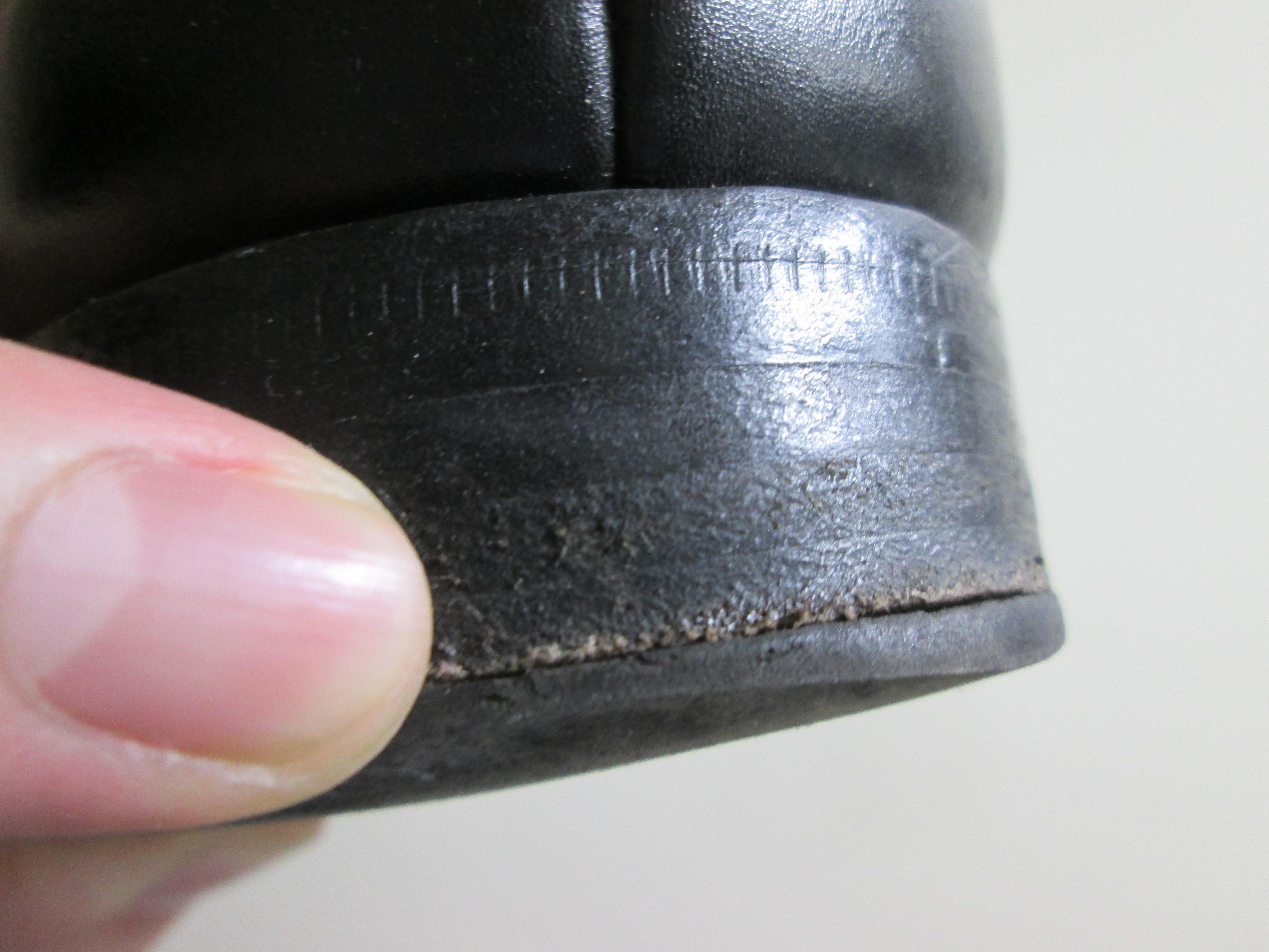 革靴のカカトの修理はどのタイミングでするの?おススメのトップリフトまで大解説!
